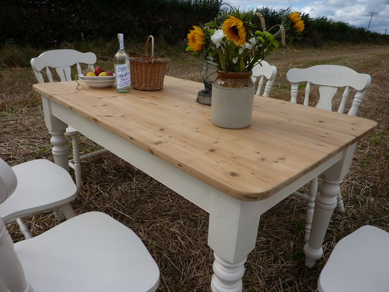 Pine Farmhouse Table and 6 Chairs Painted Vintage Antique