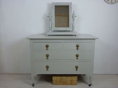 Picture of Victorian Chest of Drawers
