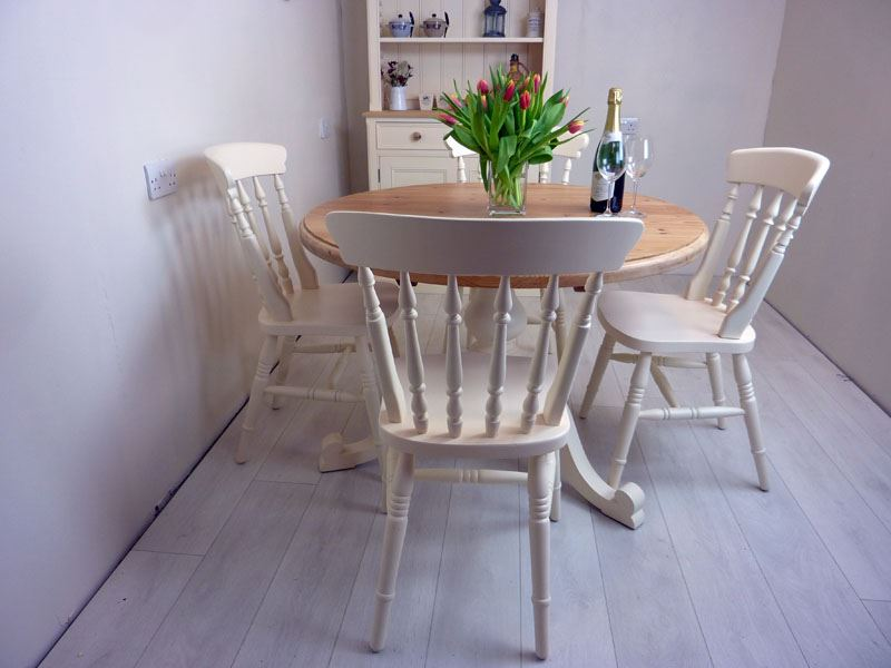 Solid Pine Table And Chairs Kitchen Bennington Pine Furniture - Solid pine round dining table