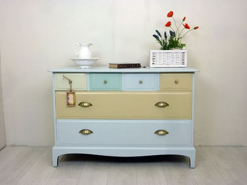 Picture of 6 Drawer Stag Chest