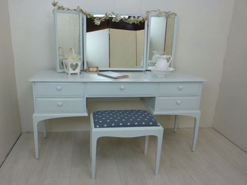 Picture of Stag Dressing Table and Stool – Shakespeare