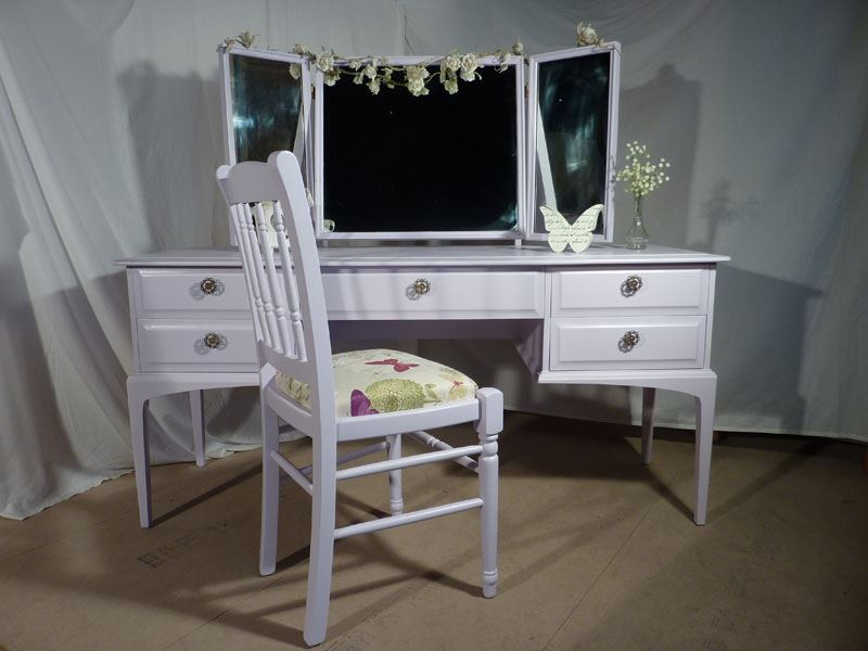 Picture of Stag Dressing Table and Chair