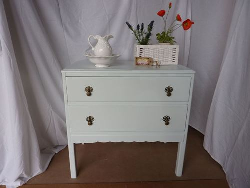Picture of 2 Drawer Vintage Chest