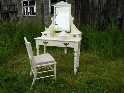 Picture of Victorian Antique Dressing Table & Chair