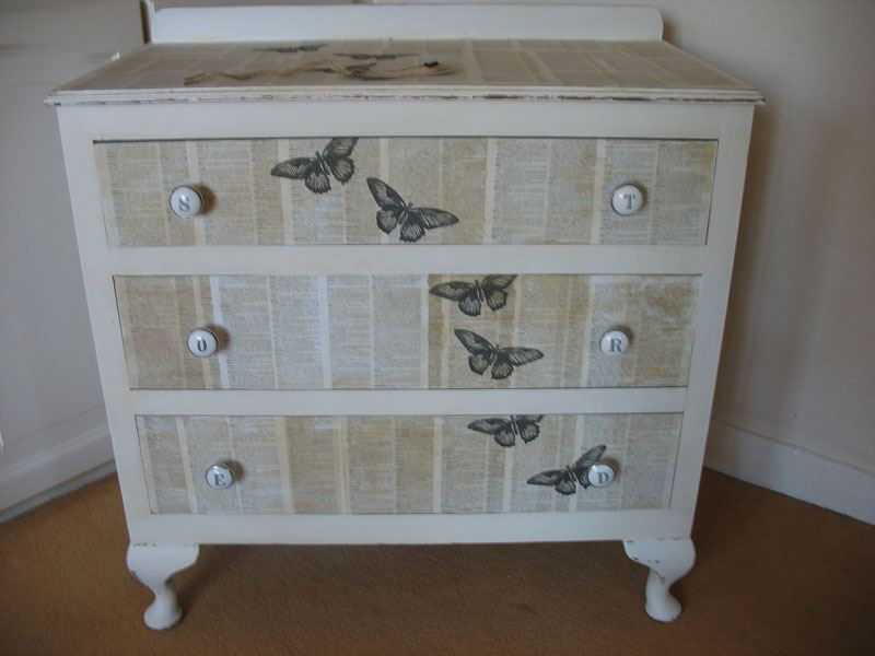 shabby chic decoupaged 3 drawer chest painted vintage antique farmhouse furniture. Black Bedroom Furniture Sets. Home Design Ideas