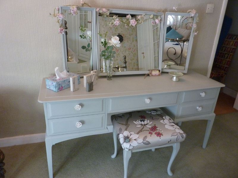uk availability 18b97 aaa0d Stag Dressing Table with stool-Painted Vintage, Antique ...