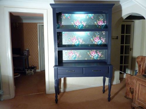 Picture of Colonial Dresser