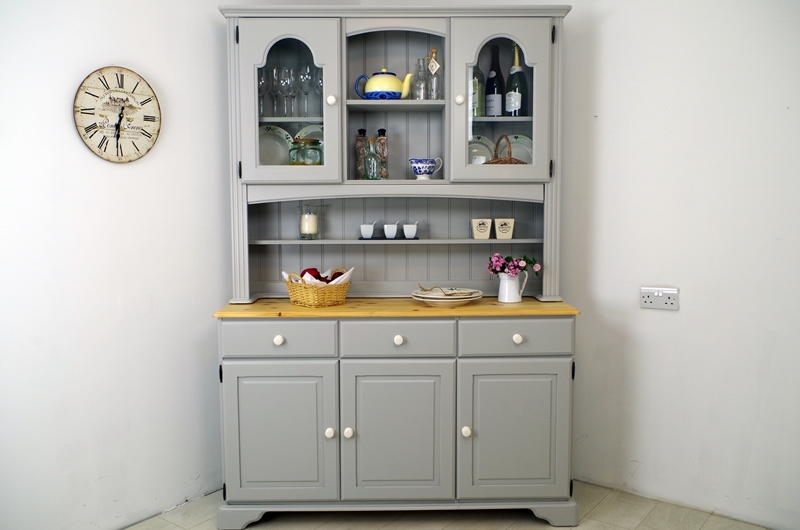 Picture of Classic Regent Pine Country Dresser