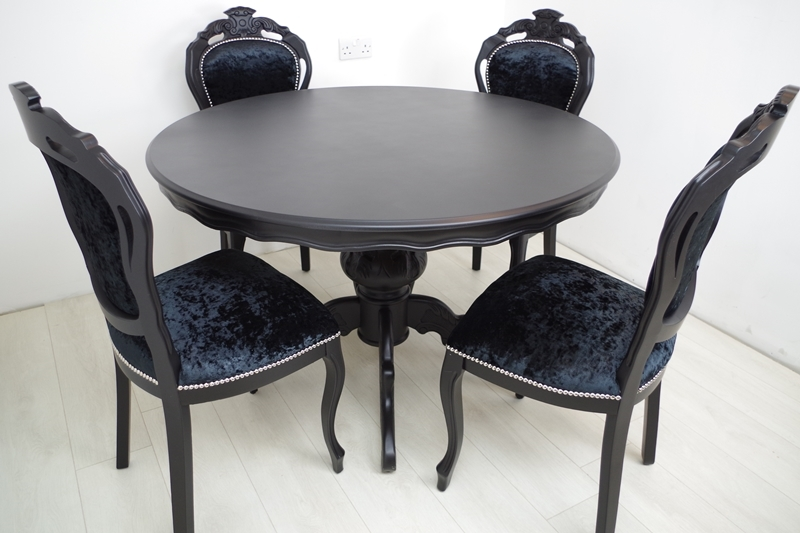 Astonishing Louis French Style Round Pedestal Table 4 Chairs In Black Beutiful Home Inspiration Xortanetmahrainfo