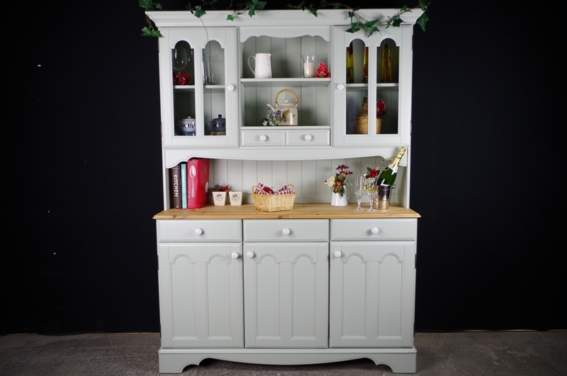 Picture of Country Style Pine Dresser in Moonstone