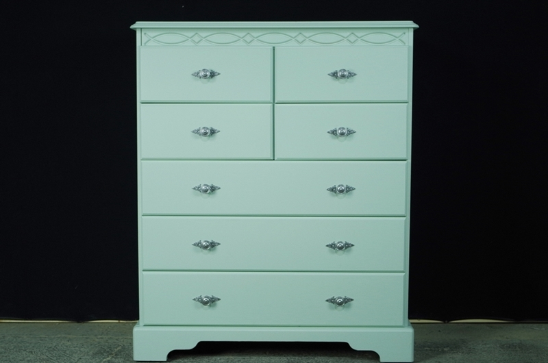 Picture of Pine Seven Drawer Chest