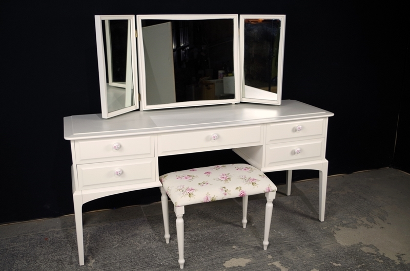Stag Dressing Table And Stool English Roses Painted