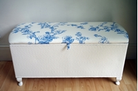Picture of Vintage Lloyd Loom Ottoman - Blue Flowers Toile