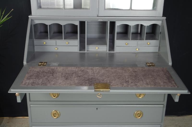 mahogany secretaire bureau chest in stoke newington bureau secretaire vintage. Black Bedroom Furniture Sets. Home Design Ideas