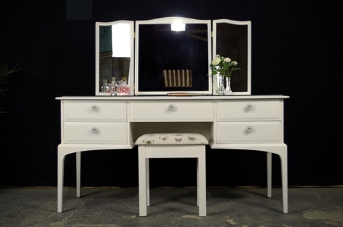 Picture of Compact Stag Minstrel Dressing Table with Stool