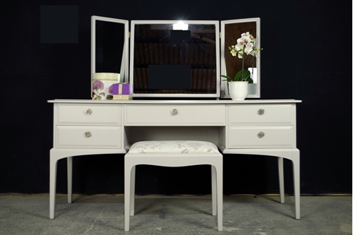 Picture of Stag Dressing Table with Stool in Pavilion Grey