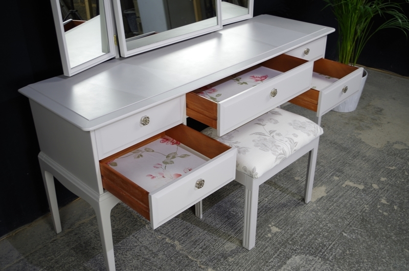 Stag Dressing Table With Stool Pavilion Roses Painted