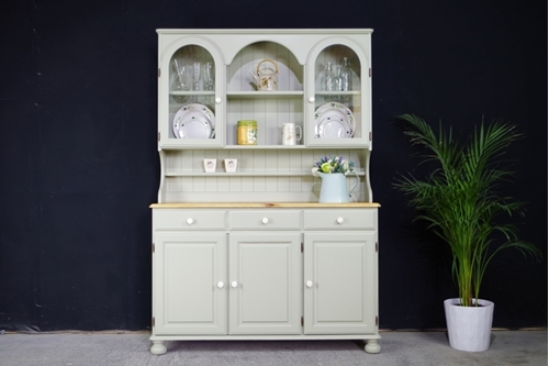 Picture of Vintage Ducal Victoria Dresser in French Gray