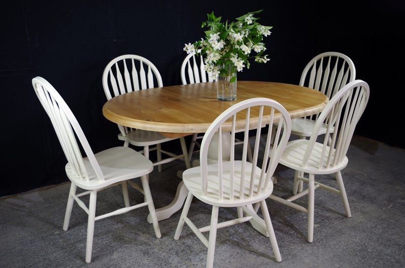 Picture of Oval pine pedestal table + 6  farmhouse bow back chairs