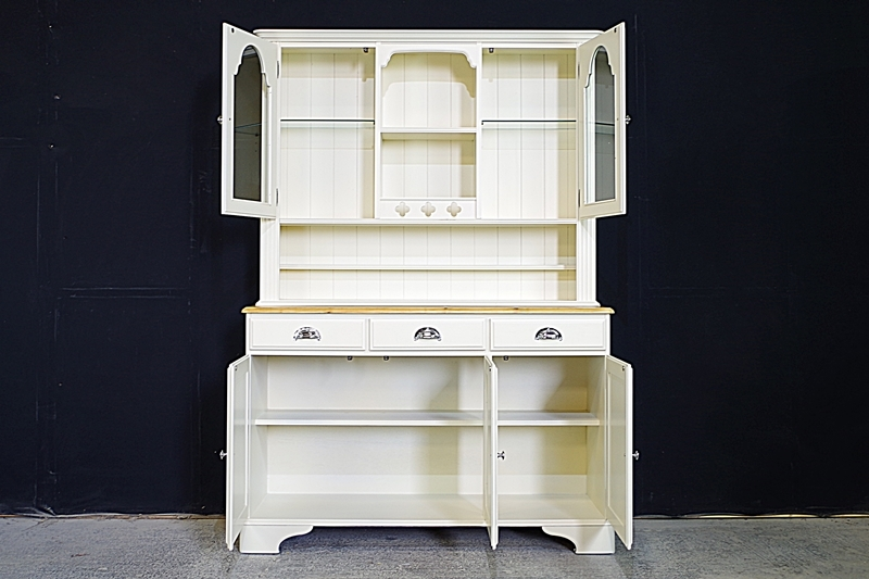 0014061_ducal country pine dresser in pale linen