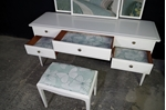 Picture of Stag Minstrel Dressing Table with Stool in Pointing