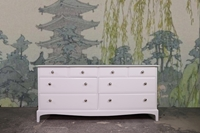 Picture of Stag Minstrel Long Eight Drawer Chest - Bianco Brillante