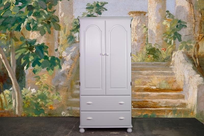 Picture of Ducal Pine 2-door Wardrobe in Borrowed Light
