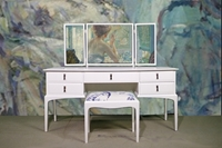 Picture of Stag Minstrel Dressing Table with Stool in Pointing (FF1751)