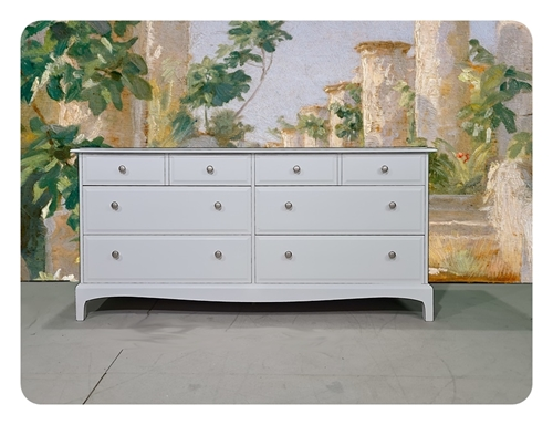 Picture of Stag Minstrel Long 8 Drawer Chest - Bianco Brillante